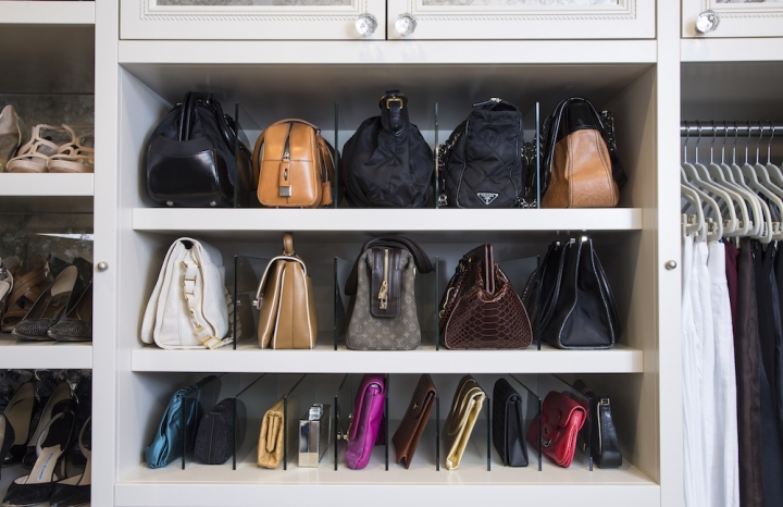 Make Your Closet Look Like A Chic Boutique Divine Style