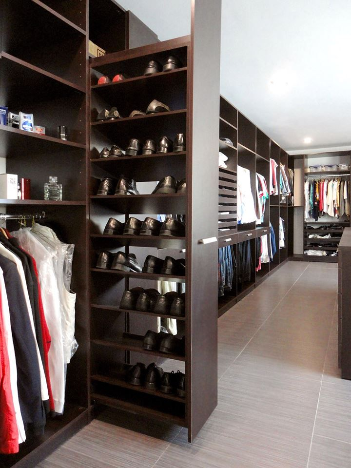 Men 39 s closet design dressing in style divine style for Zapateras modernas para closet
