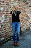 casual chic black t-shirt and denim