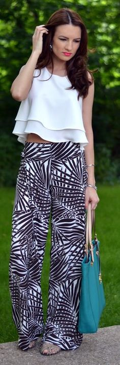 jungle print pants and white top Zara