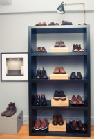 closet men's shoe display
