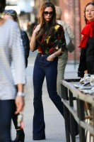 flared-jeans-spring-trend-street-fashion-victoria-beckham-where-to-buy