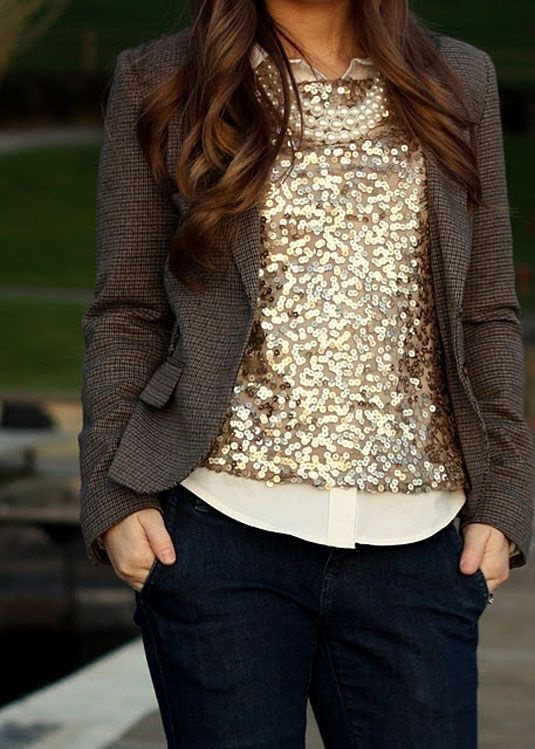 How to Wear Sequins for the Holidays, wearing sequins to work, sequin top and tweed blazer