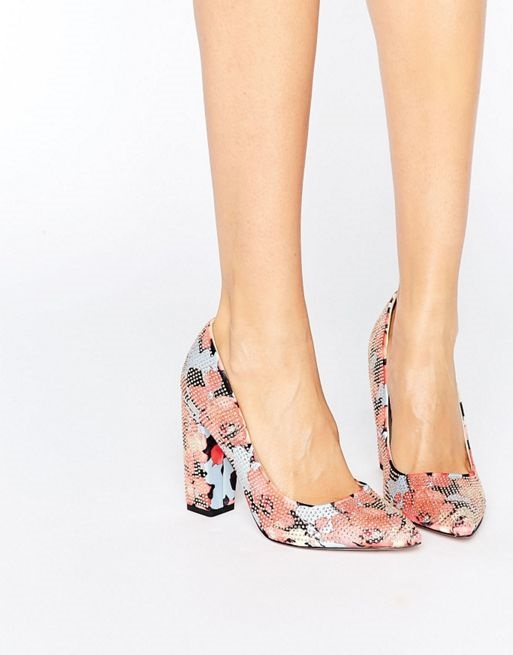 Spring Shoe Trends for Women, spring like pump, floral high heel pump with chunky heel