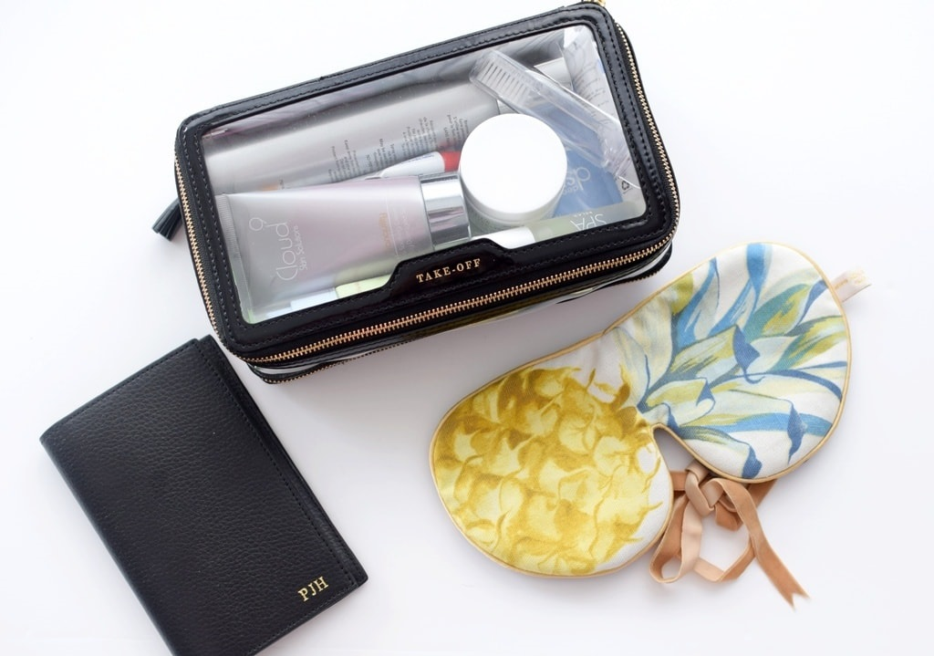 5 Essentials to Pack When Traveling, in-flight beauty bag