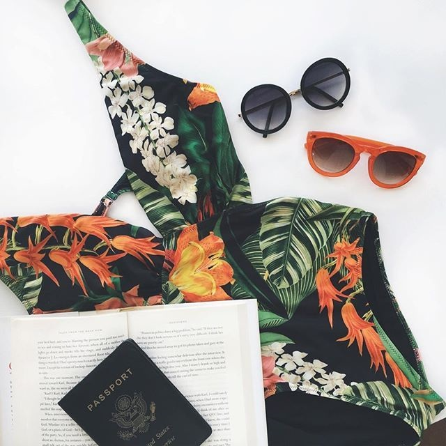 5 Essentials to Pack  When Traveling, sunglasses, sunglasses and botanical print bathing suit