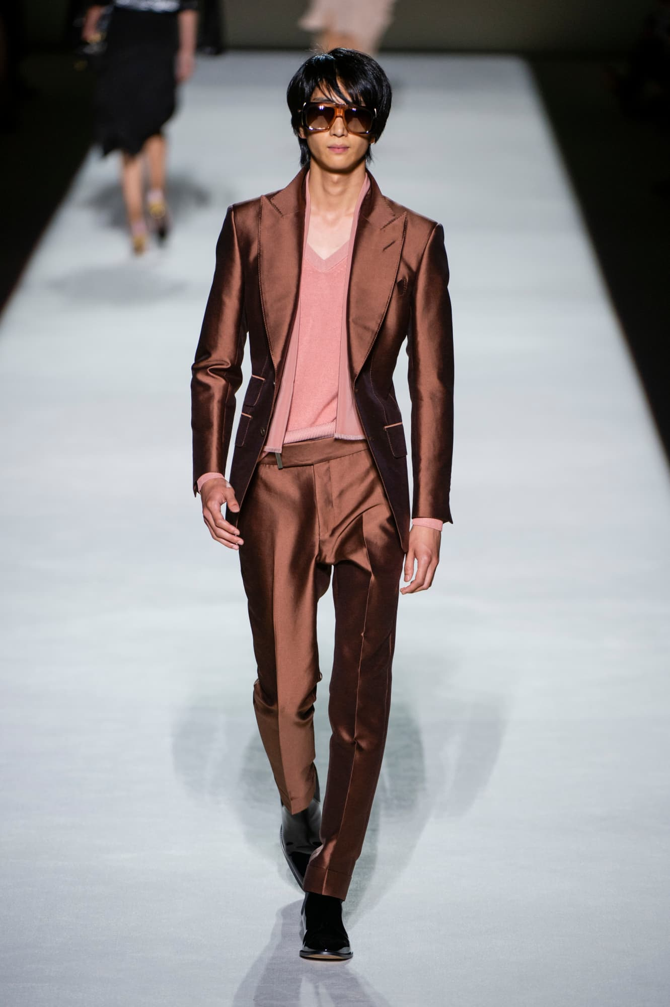 Tom Ford spring 2019 collection, men's copper metallic suit