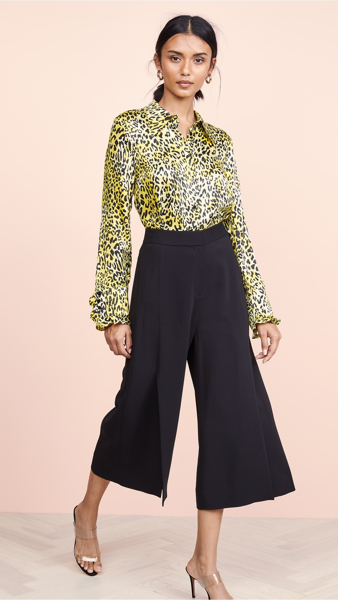 How To Look Stylish at the Office for Spring, cropped trousers and print blouse, Kobi Halperin jamie black pants and yellow print blouse