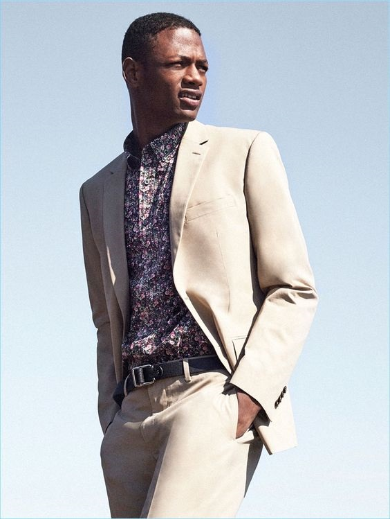 4 Easy Men's Outfit Ideas to Transition to Spring, floral shirt and blazer, Club Monaco floral shirt