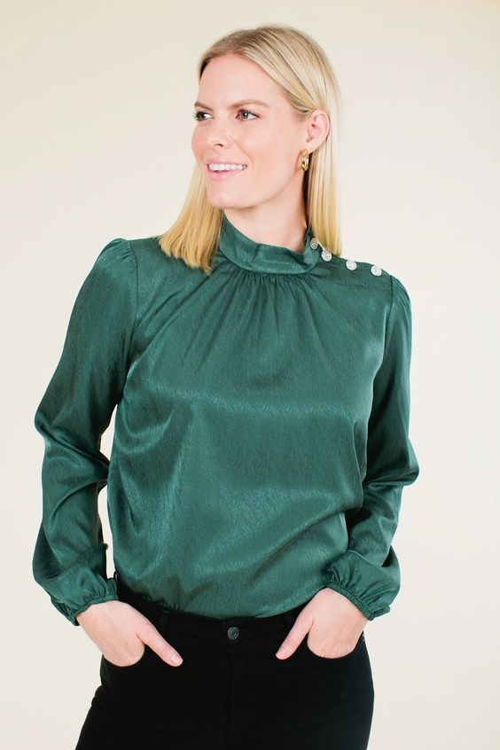 Jewel Tones for the Holidays, jewel tone blouse, hunter green blouse, WAYF Kora hunter jacquard button blouse