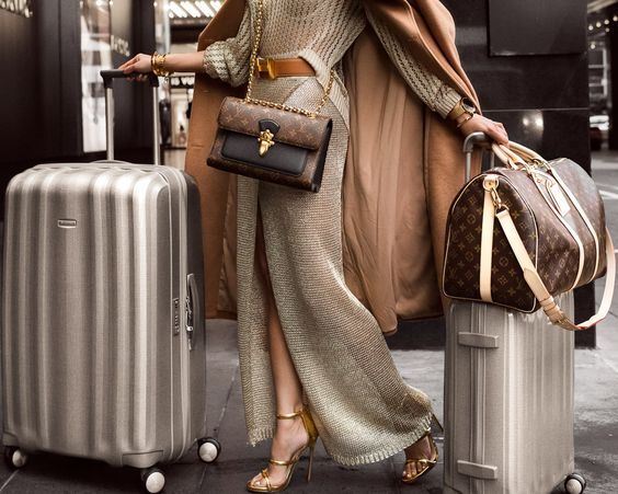 Stylish Looks for Holiday Travel, men's and women's holiday travel outfits